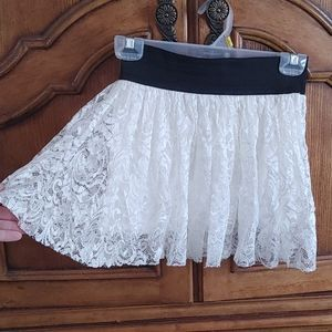 (2 for 20$) Ivory lace skirt